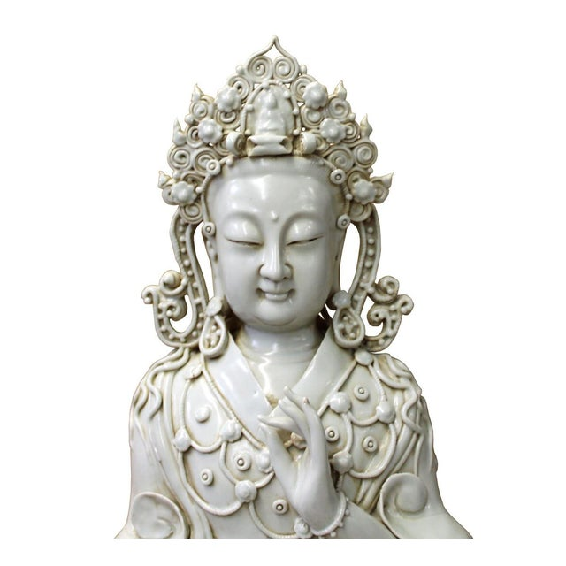This is a handmade Chinese accent decorative porcelain statue of Tong Style Kwan Yin / Tara / Bodhisattva in off white...