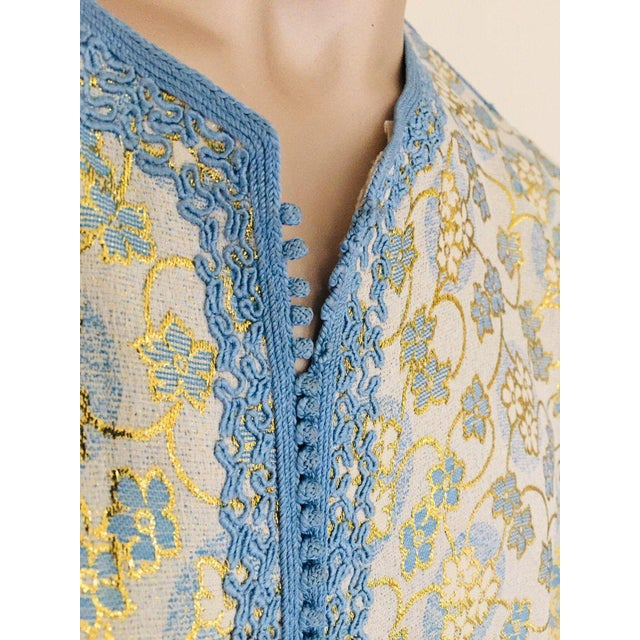 Metallic Blue and Silver Brocade 1970s Maxi Dress Caftan, Evening Gown Kaftan For Sale - Image 9 of 13