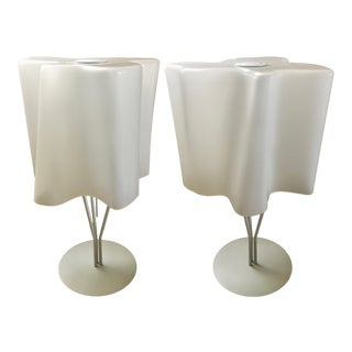 White Artemide Logico Table Lamps - a Pair For Sale