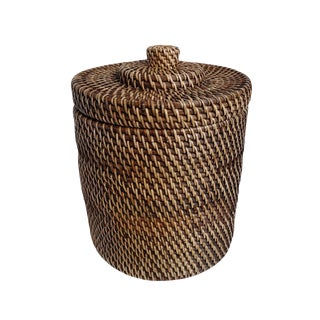 Tea Stain Rattan Basket With Lid For Sale