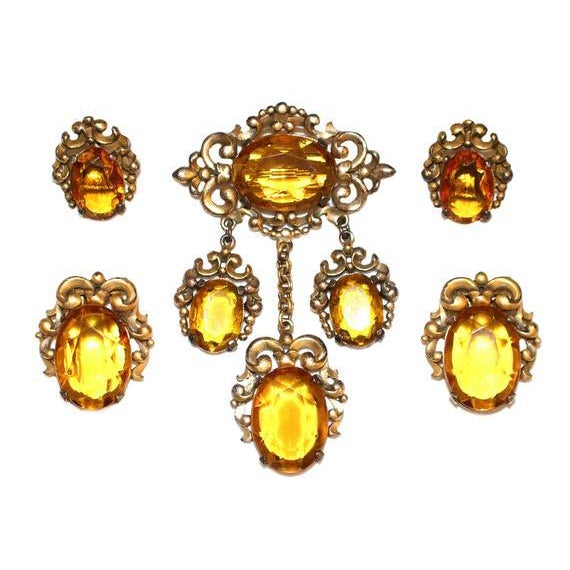 1930s Edwardian-Style Topaz Parure, Brooch, Dress Clips and Earrings Set For Sale - Image 4 of 4