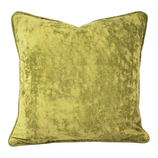 """Kravet Couture Plush in Celery With Self-Welt Pillow Cover - 20"""" X 20"""" Solid Light Moss Green Velvet With Self-Piping Cushion Case For Sale"""