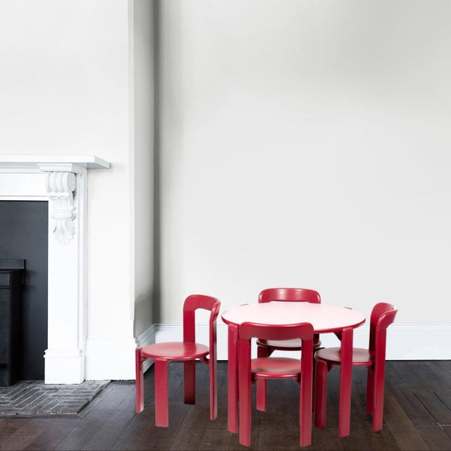 This is the children furniture collection based on the famous Rey chair that was designed in 1971. The Rey Junior set...