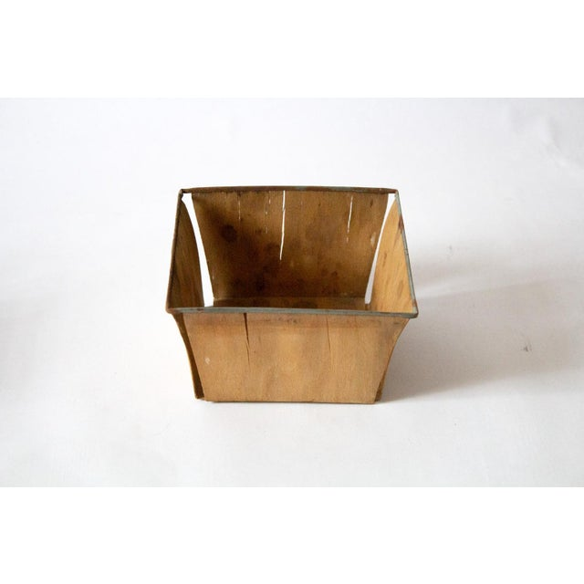 1950s Boho Chic Style Gold Metal Berry Baskets - Set of 3 For Sale In Dallas - Image 6 of 10