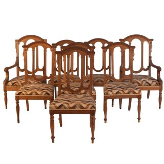 19th Century Gothic Revival Walnut Dining Chairs - Set of 8 For Sale