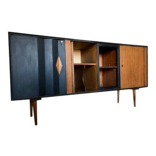 1960's Mid-Century Modern Style 2-Tone Credenza For Sale