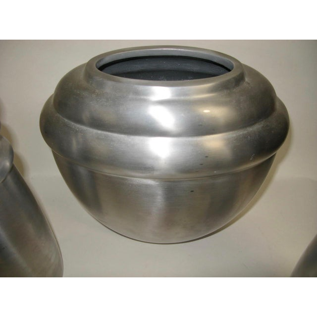 2000 - 2009 2003 Kilbarry Ireland Marquis by Waterford Pewter Vases - Set of 3 For Sale - Image 5 of 13
