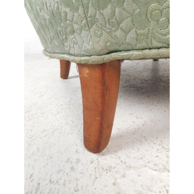 Light Green Mid-Century Modern Lounge Chair For Sale - Image 8 of 9