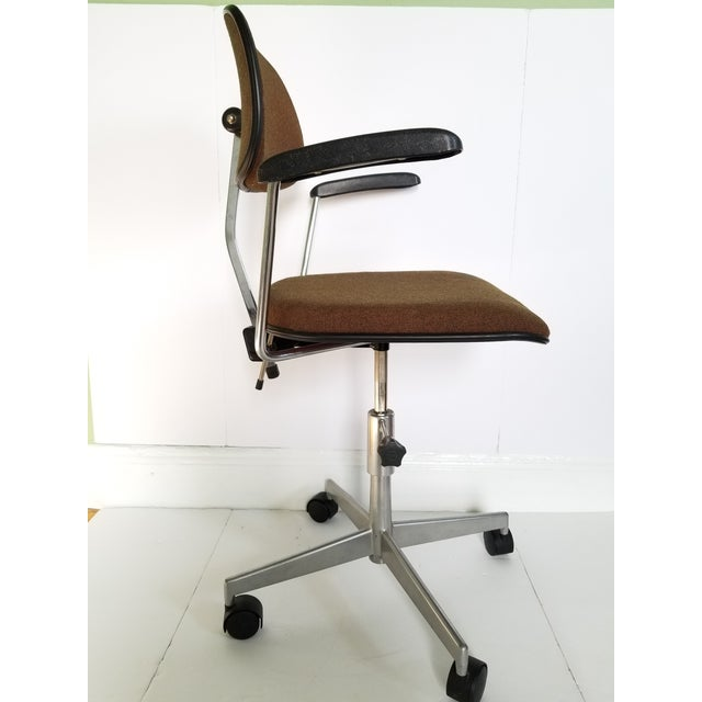 Aluminum Labofa Mid-Century Modern Desk Chair For Sale - Image 7 of 13