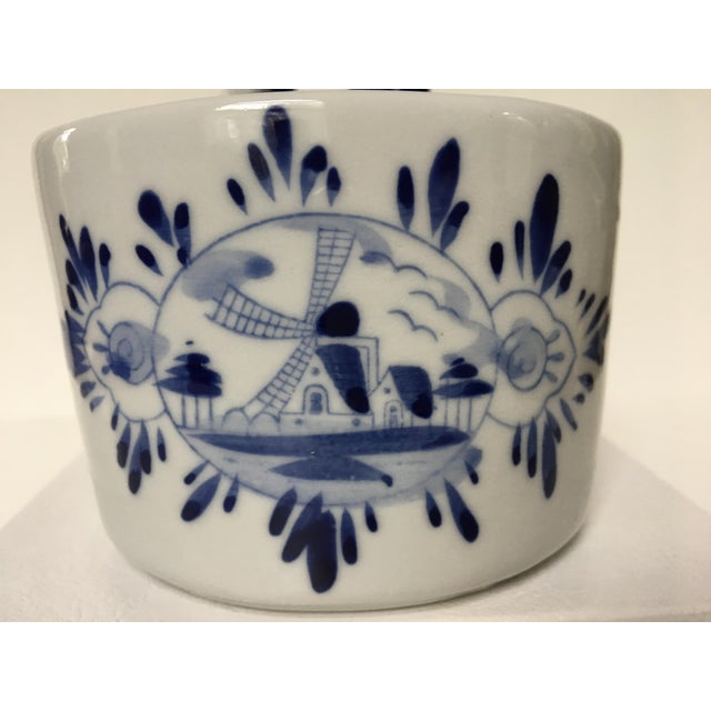 Blue & White Delft Bowl/Planter With Dutch Boy & Girl Kissing For Sale - Image 9 of 11