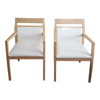 Modern Paoli White Leather Side Guest Dining Chairs - a Pair For Sale