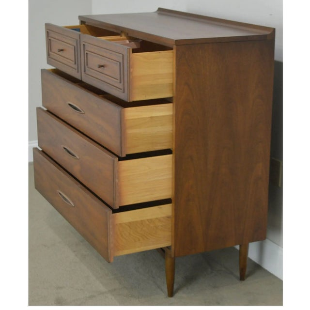 Vintage Mid Century Modern Walnut Highboy Chest Broyhill For Sale In New York - Image 6 of 8