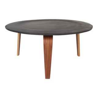 Mid-Century Modern Cocktail Table in the Style of Heywood Wakefield