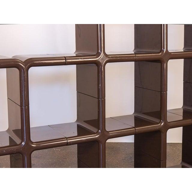 1970s Kay Leroy Ruggles Brown Umbo Modular Shelf Unit for Directional For Sale - Image 5 of 10