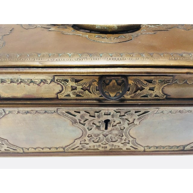 Antique Anglo Indian Georgian Brass Desk Box For Sale In Los Angeles - Image 6 of 12