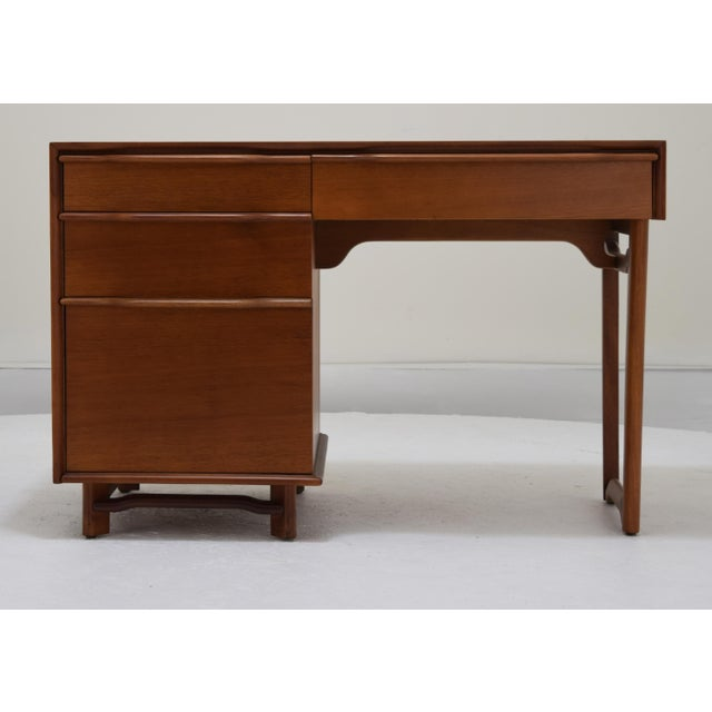 Honduran Mahogany Vanity by Hickory Manufacturing For Sale - Image 13 of 13