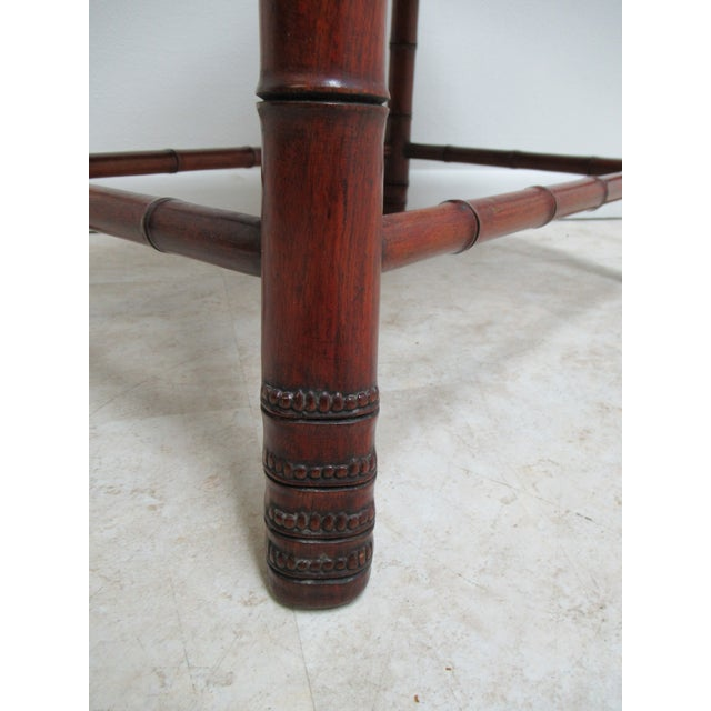 Faux Bamboo Vintage Chinese Chippendale Rosewood Faux Bamboo Lamp End Table For Sale - Image 7 of 10