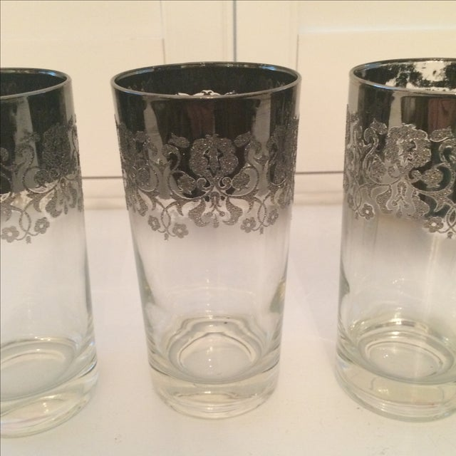 Dorothy Thorpe Dorothy Thorpe Ombré Embossed Glasses - Set of 4 For Sale - Image 4 of 8