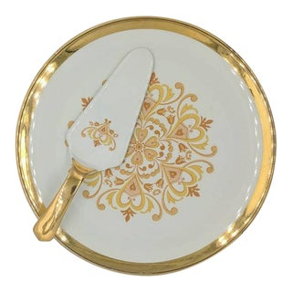 1930s Royal Winton Cake Plate and Server - a Pair For Sale