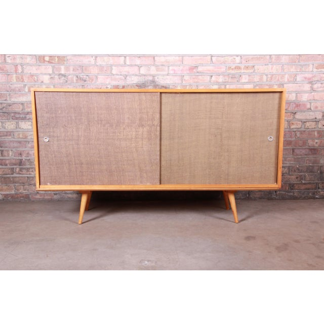 Planner Group Paul McCobb Planner Group Mid-Century Modern Solid Maple Sideboard Credenza, 1950s For Sale - Image 4 of 13