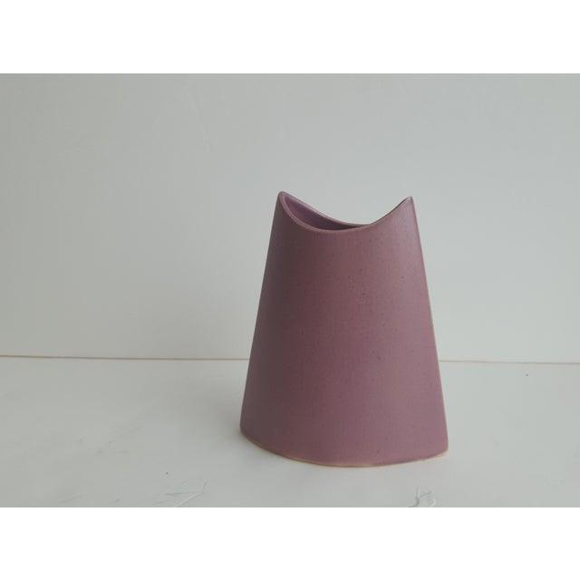Ceramic J. Johnston Modernist Mauve Pink Ceramic Pottery Vase For Sale - Image 7 of 11