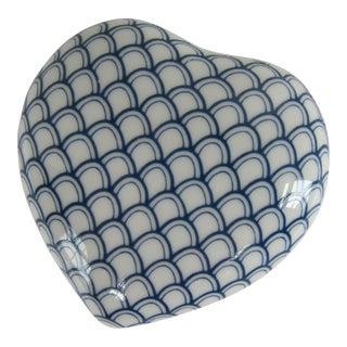 Blue & White Porcelain Heart Trinket Box For Sale