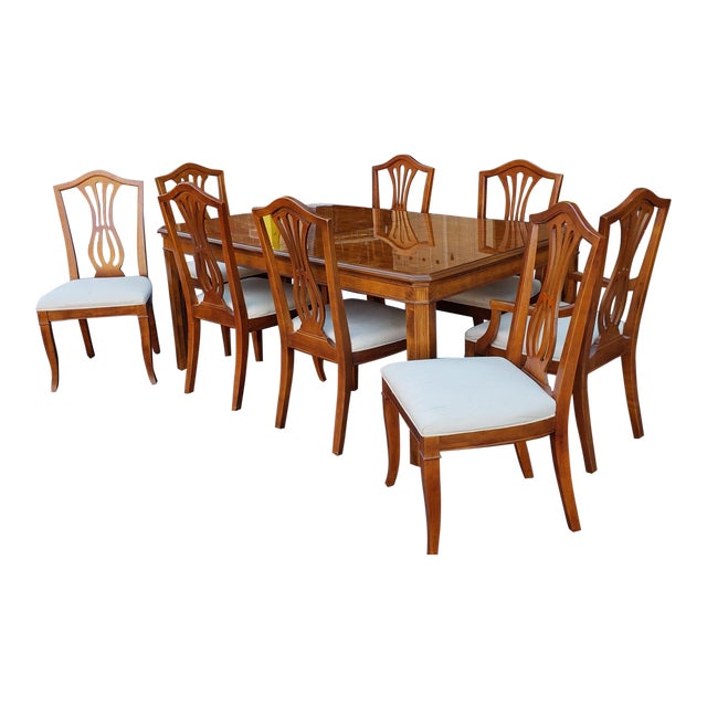 1990s Drexel Heritage Yorkshire Collection Yew Wood Parsons Dining Table Sheraton Chairs 9 Pieces