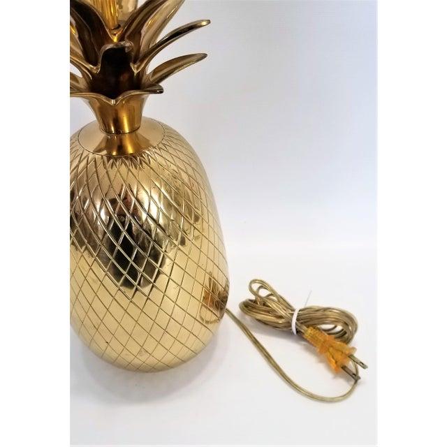 Vintage Solid Brass Pineapple Bedside or Desk Lamp - Feng Shui - Palm Beach Boho Chic Tropical Coastal For Sale - Image 9 of 10