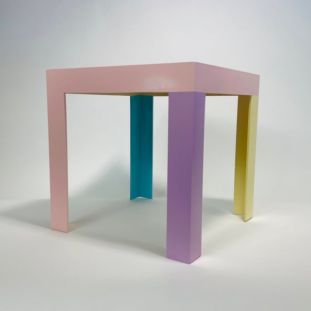 1980s Memphis Inspired Pastel Parson Style Side Table For Sale - Image 5 of 10