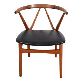 1960s Vintage Henning Kjaernulf Model 225 Bruno Hansen Chair For Sale