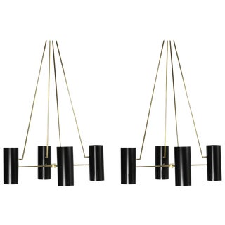 Monumental Pair of Mid-Century Chandeliers Style of Stilnovo For Sale