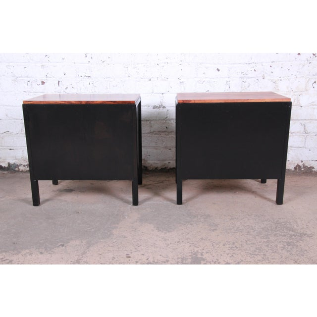 John Stuart for Mount Airy Mid-Century Modern Rosewood and Ebonized Wood Nightstands, Pair For Sale - Image 11 of 13