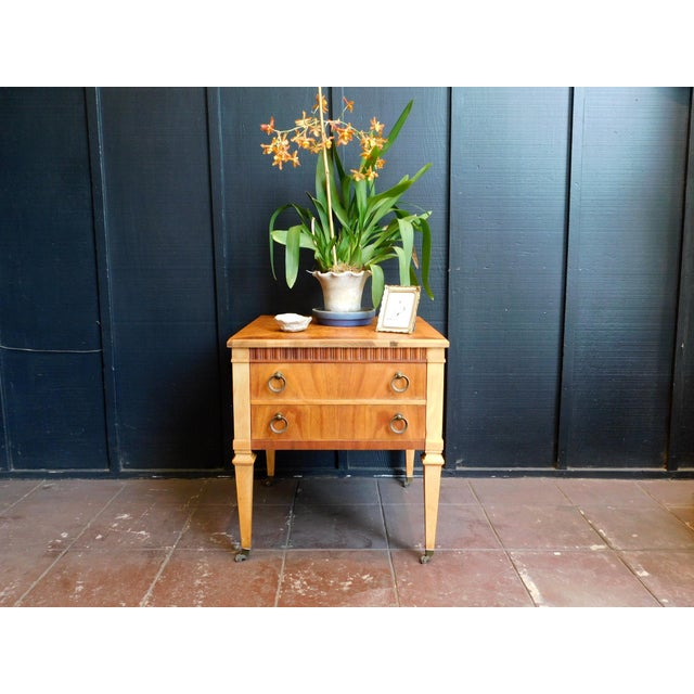 1960s Traditional Accent Table For Sale - Image 9 of 12