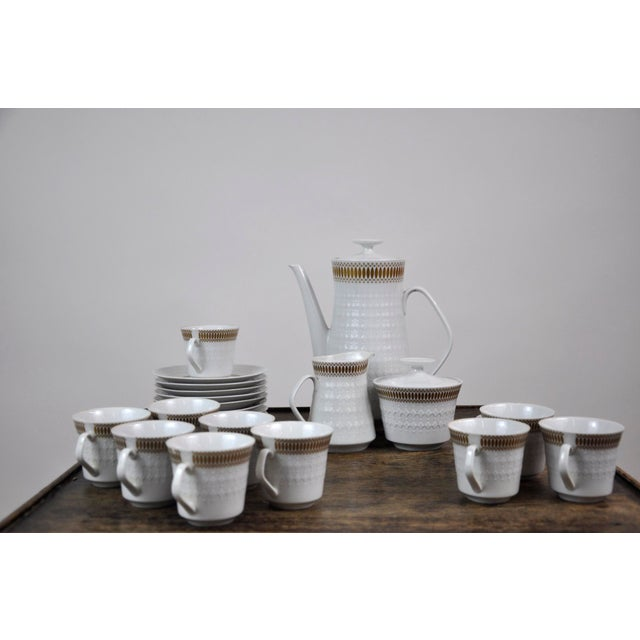 Winterling Marktleuthen Bavaria Mid-Century Modern Embossed Diamonds Coffee Pot Porcelain 23 pieces Set. Comprising of a...