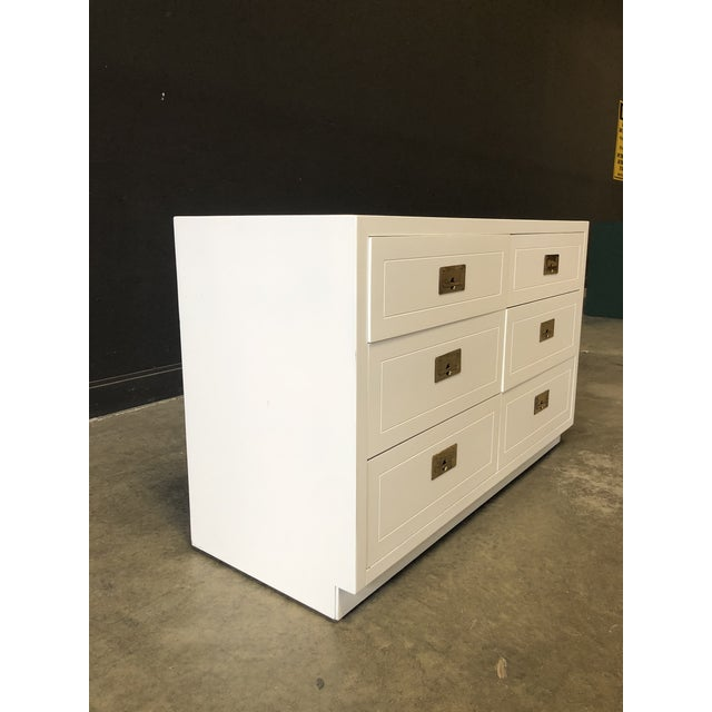 Contemporary Pair of White Lacquered Henredon Campaign Chests For Sale - Image 3 of 7