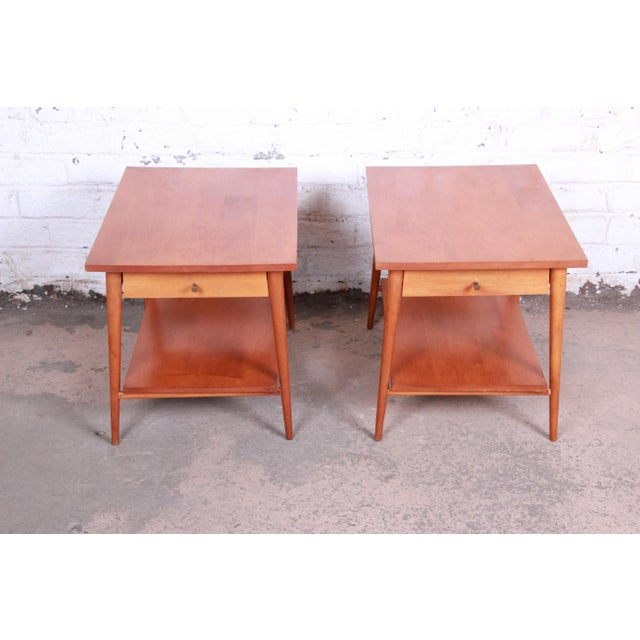 Planner Group Paul McCobb Planner Group Mid-Century Modern Nightstands or End Tables - a Pair For Sale - Image 4 of 13