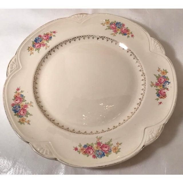 Mid 20th Century Vintage Homer Laughlin Ivory Floral Dinner Plates - Set of 4 For Sale - Image 5 of 9