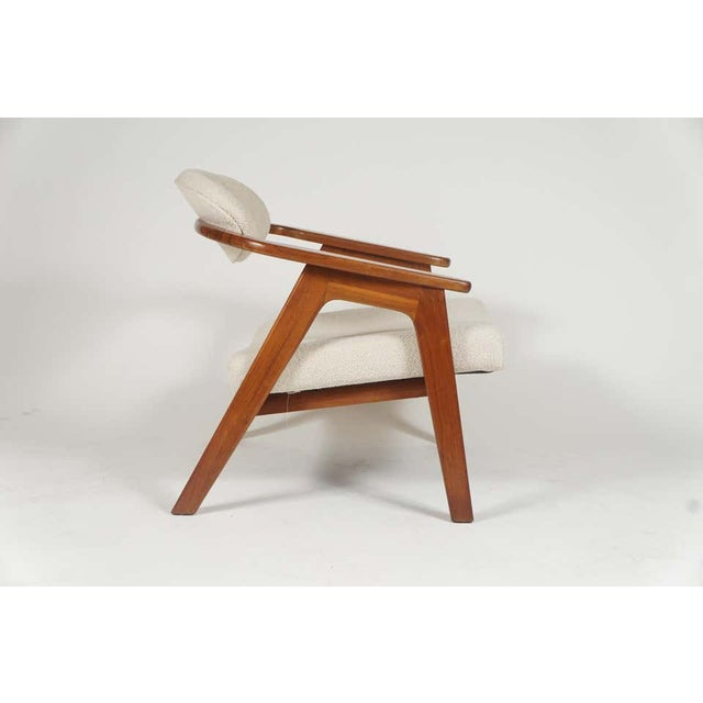 Contemporary Adrian Pearsall Lounge Captain's Chair for Craft Associates Model 916-CC in Walnut For Sale - Image 3 of 10