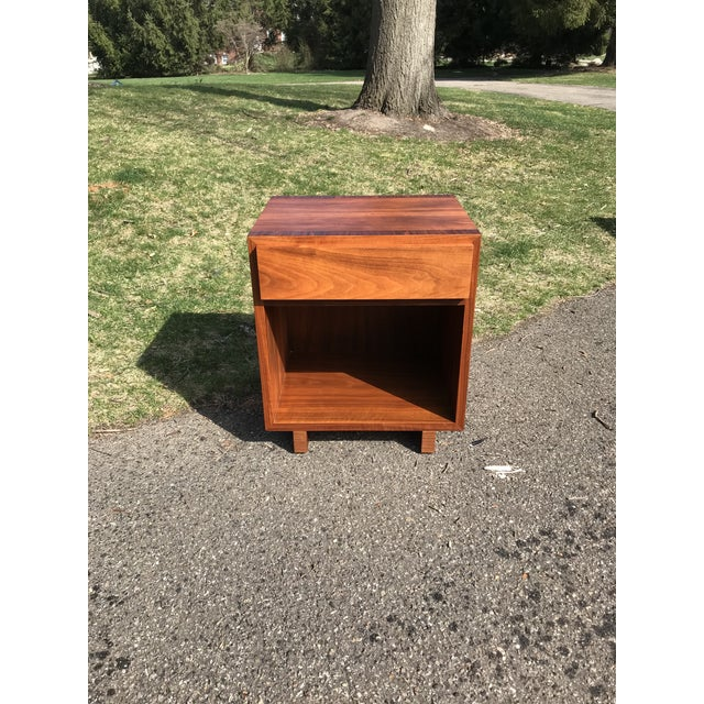 Wood Mid Century Walnut Side Table by Widdicomb For Sale - Image 7 of 7