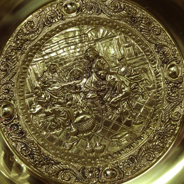 Gold Peerage Brassware Decorative Embossed English Wall Plates - a Pair For Sale - Image 8 of 11