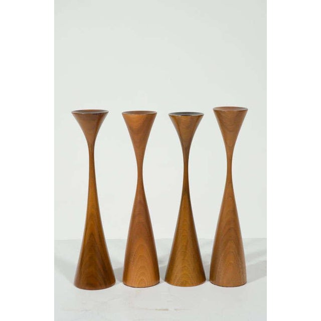 Mid-Century Modern Set of Four Turned Walnut Candlesticks by Rude Osolnik For Sale - Image 3 of 9