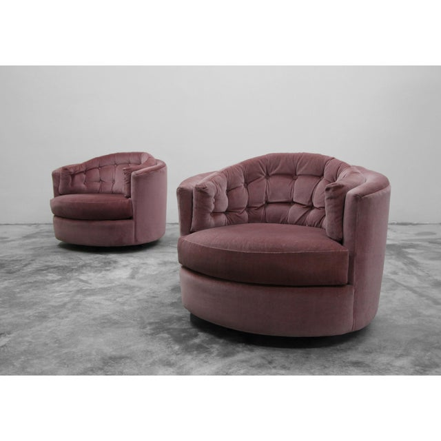 Nice pair of midcentury rocking swivel barrel chairs by Milo Baughman. Chairs sold as found and are in need up...