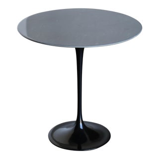1980s Mid-Century Modern Eero Saarinen for Knoll Marble Occasional Table For Sale