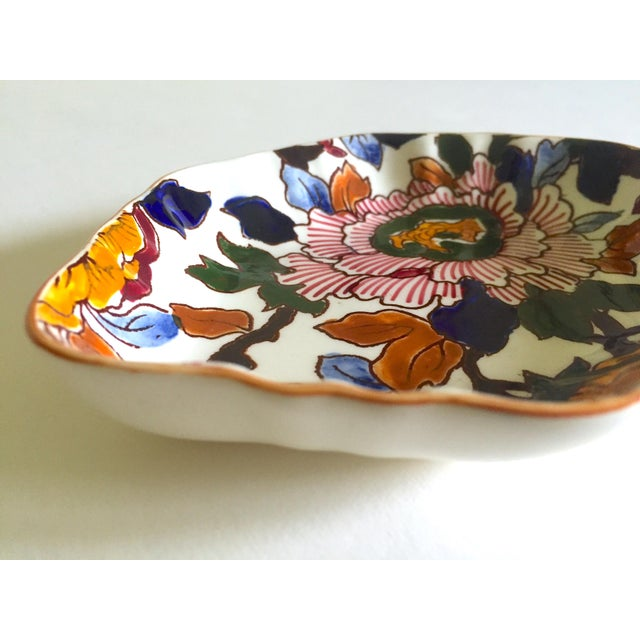 Blue Gien France Rare Vintage 1985 Faience Ruffle Edge Small Hand Painted Floral Ceramic Dish For Sale - Image 8 of 13