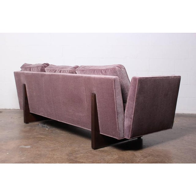 Split Arm Sofa by Edward Wormley for Dunbar For Sale In Dallas - Image 6 of 10