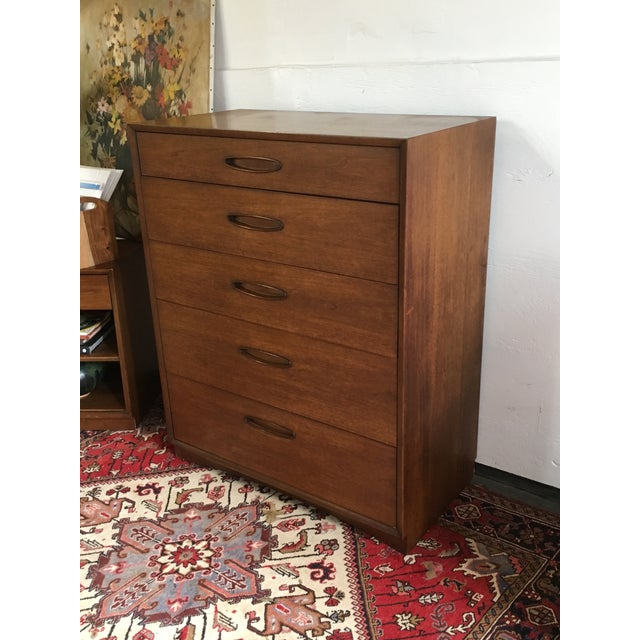 Walnut Henredon 1960s Mid-Century Walnut Highboy For Sale - Image 7 of 7