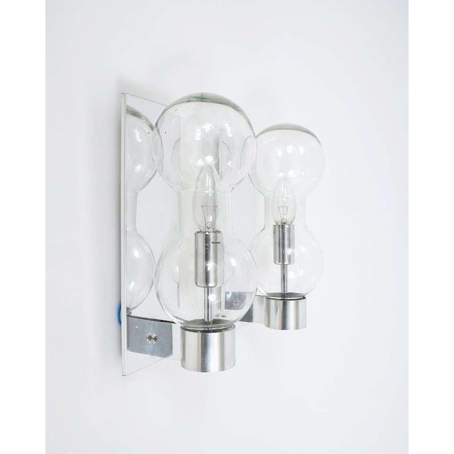 1960s Set of Six Hourglass Shaped Clear Glass Sconces For Sale - Image 5 of 6
