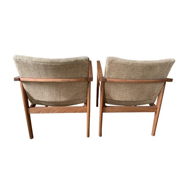 Mid-Century Modern Chairs - a Pair For Sale - Image 4 of 7