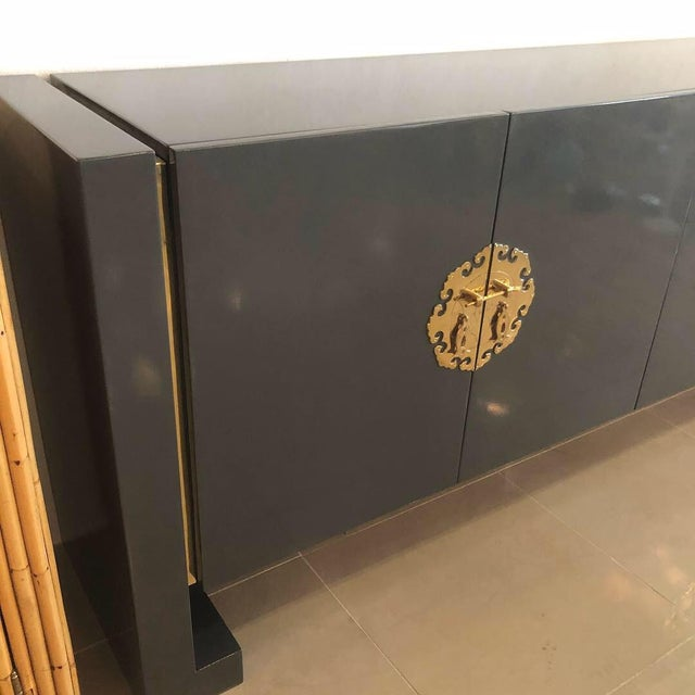 Vintage Hollywood Regency Century Furniture Grey Lacquered Brass Credenza Buffet Sideboard For Sale - Image 11 of 13
