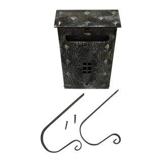 New Tudor Black/Pewter Metal Mailbox